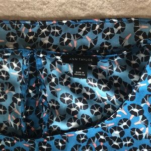 Anne Taylor Blouse Medium Blue